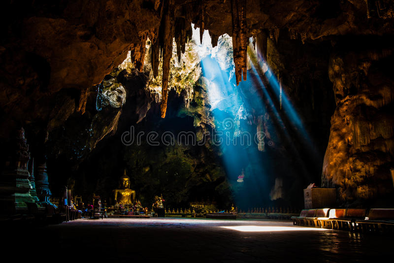 Caverne de Khao Luang photographie stock