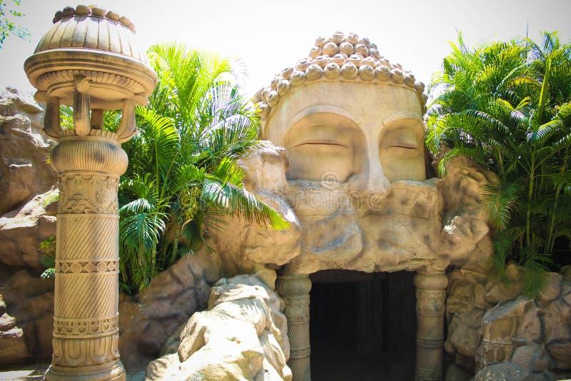 Caverne de Kripalu à la ville de film de Ramoji et au parc d'attractions photo stock