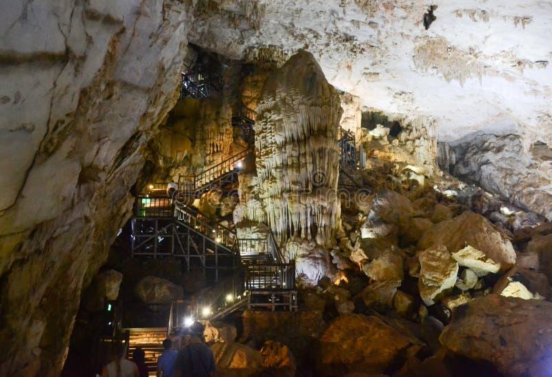 Caverne de Paradise au parc national de coup de Phong Nha-KE, site de patrimoine mondial de l'UNESCO en Quang Binh Province, Viet photo libre de droits