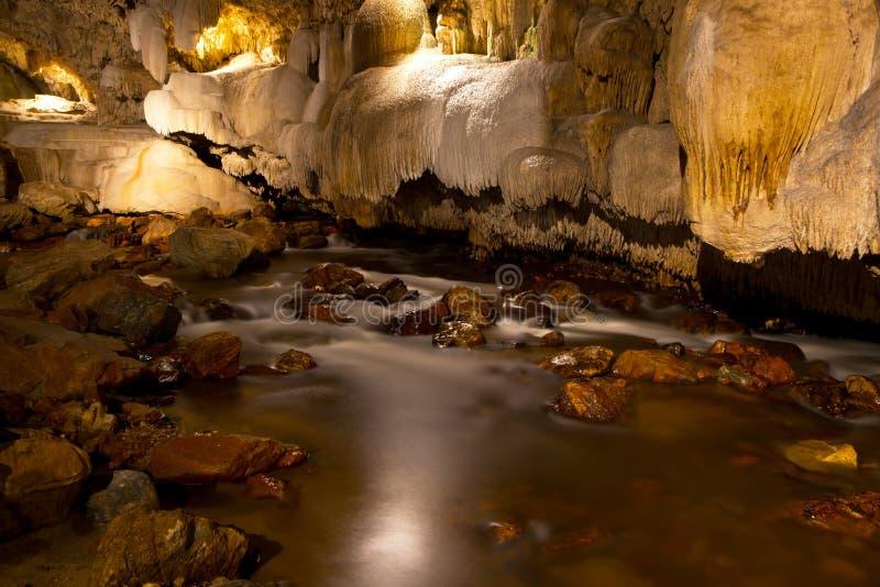 Caverne del calcare. fotografia stock