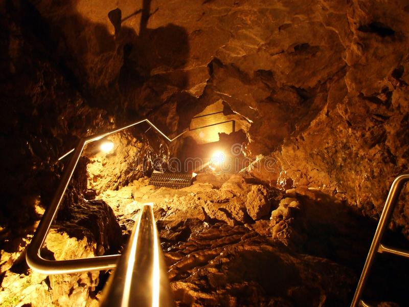 Caverne en cristal Kobelwald ou matrice Kristallhöhle Kobelwald Kristallhohle Kobelwald ou Kristallhoehle Kobelwald image stock