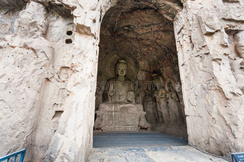 Caverne moyenne de Binyang avec la statue de Sakyamuni photos libres de droits
