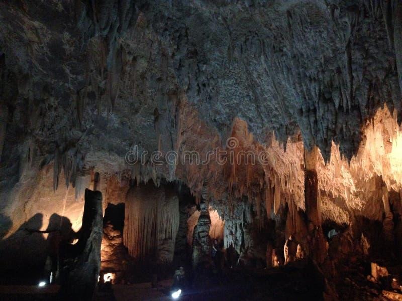 Caverne pour l'étude image stock