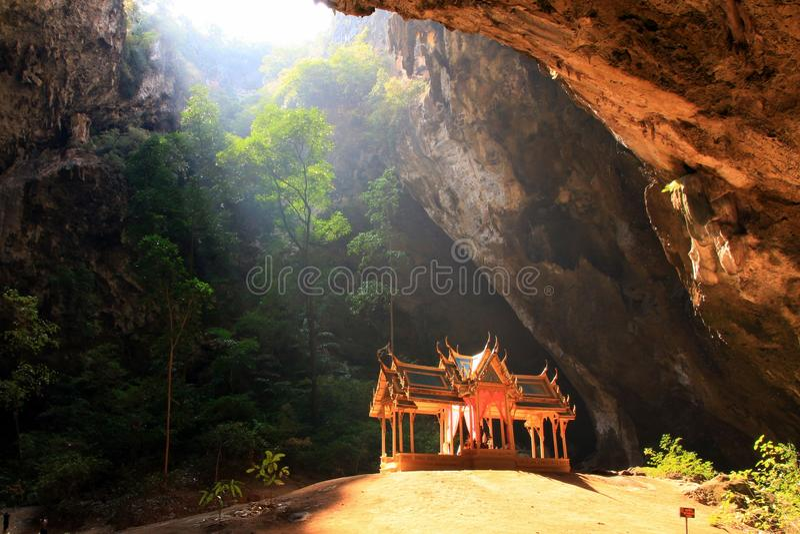 Caverne Thaïlande de Phraya Nakhon photo libre de droits