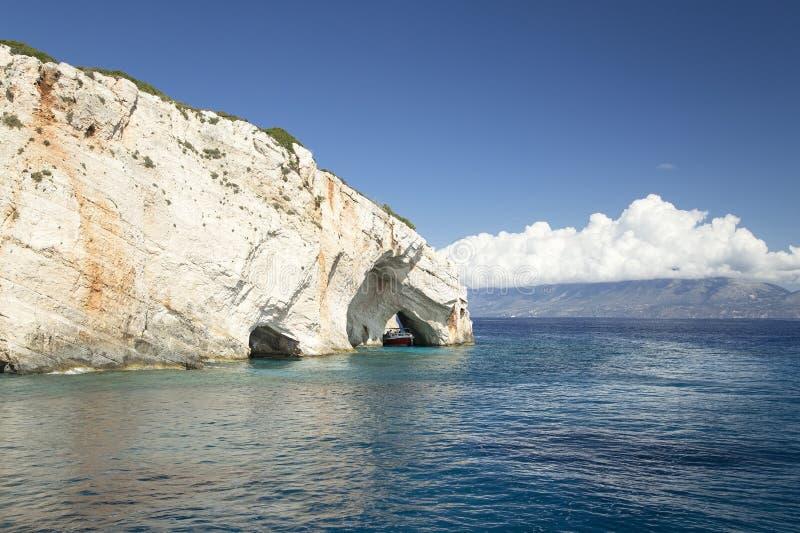 Cavernes bleues sur Zakynthos photographie stock libre de droits