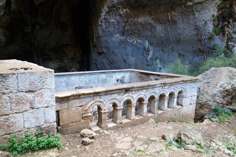 Cavernes de Cennet Cehennem images stock