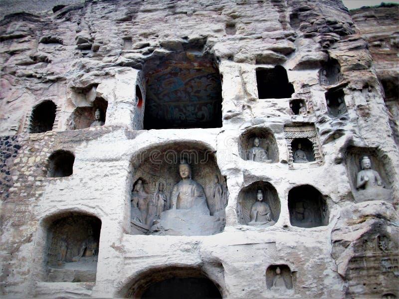 Cavernes de Mogao ou mille grottes de Bouddha à Dunhuang, Chine image stock