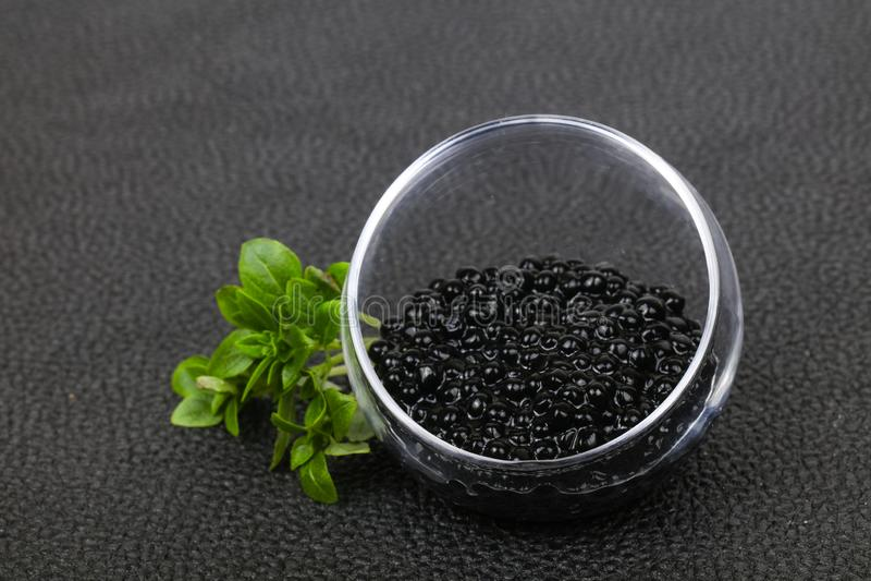Caviar noir de luxe photographie stock