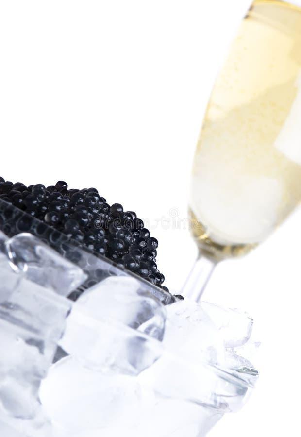 Caviar preto com vinho imagem de stock royalty free