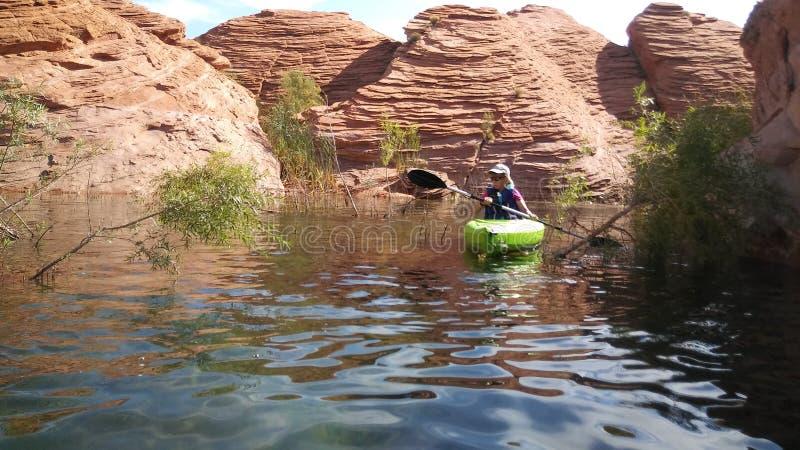 Cavidade Kayaking da areia imagens de stock