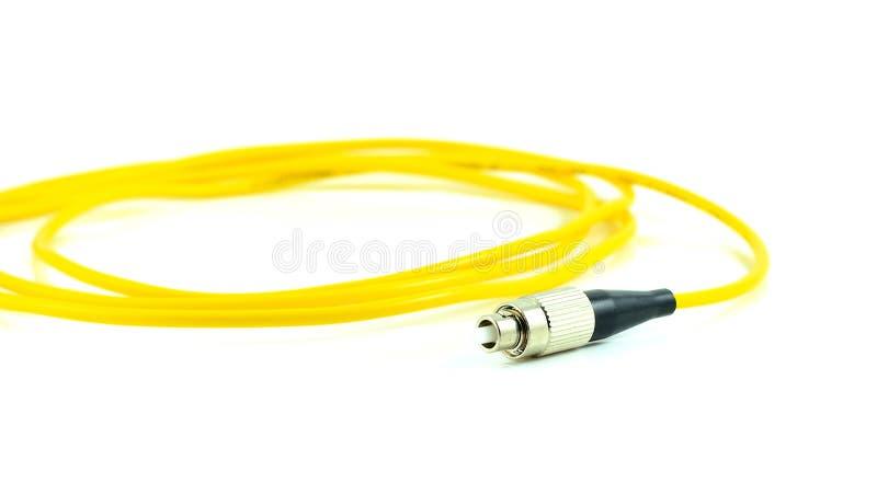 Cavo di toppa del cavo a fibre ottiche per il commutatore di rete isolato su wh immagine stock libera da diritti
