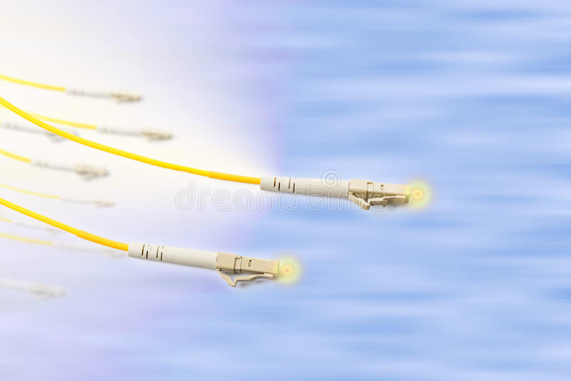 Cavo di toppa a fibra ottica con effetto della luce immagine stock libera da diritti