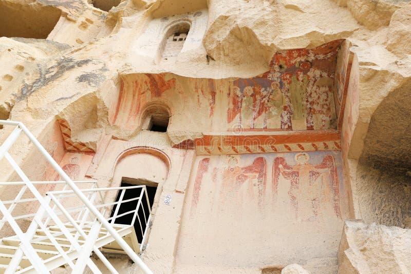 Cavusin-Kirche in Cappadocia, die Türkei lizenzfreie stockfotografie