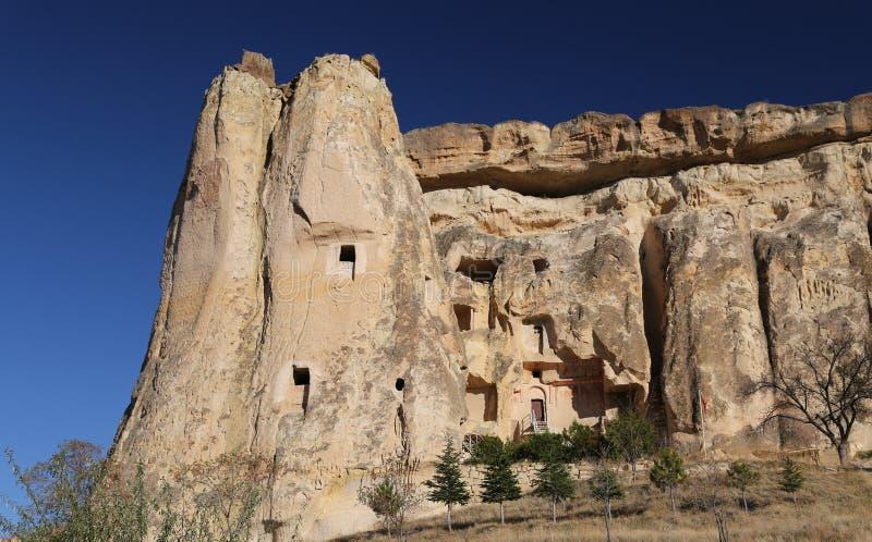 Cavusin-Kirche in Cappadocia, Nevsehir, die T?rkei lizenzfreie stockfotografie