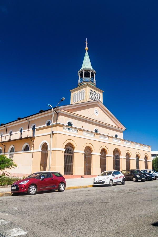 CAYENNEPFEFFER, FRANZÖSISCH-GUAYANA - 3. AUGUST 2015: Kirche in der Mitte von Cayennepfeffer, Hauptstadt von französischem Guian stockfotos