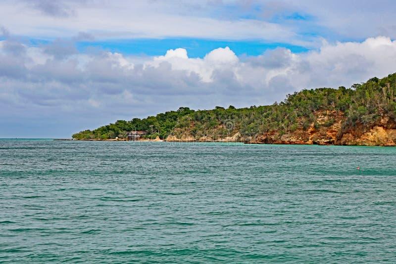 Cayo Saetia, Kuba Od wody zdjęcie stock