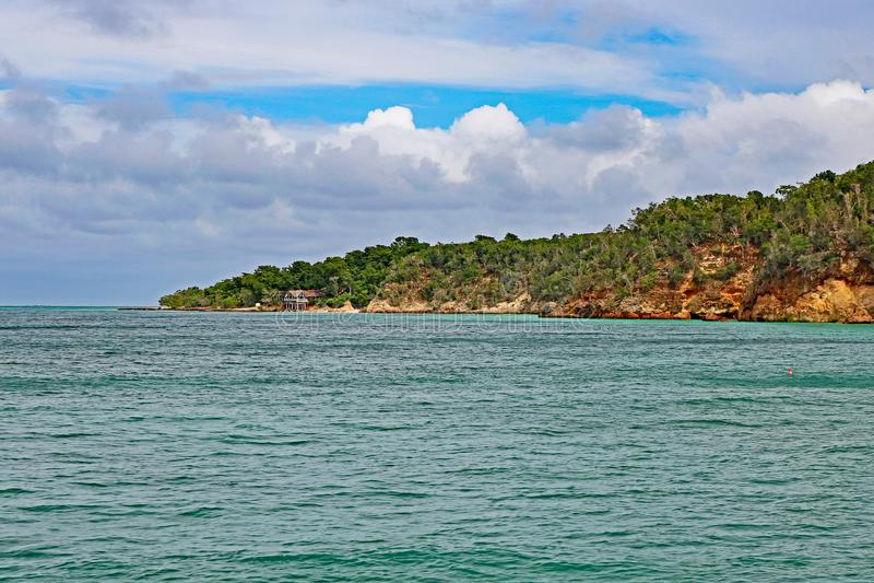 Cayo Saetia, Kuba vom Wasser stockfoto
