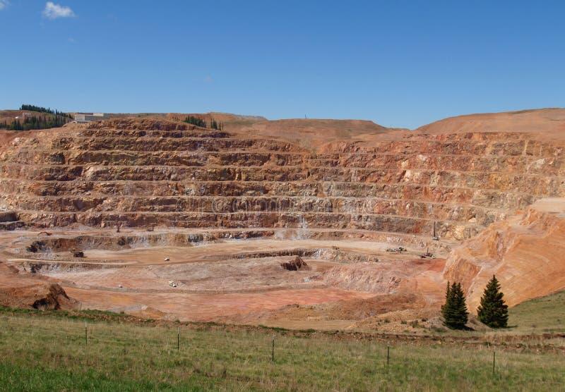 CC和V金矿 库存图片