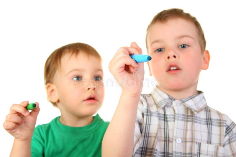 Cchildren con le penne immagine stock libera da diritti