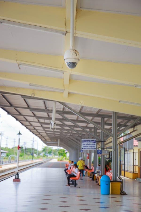 CCTV ή επιτήρηση που λειτουργεί στο σταθμό τρένου στοκ φωτογραφία με δικαίωμα ελεύθερης χρήσης