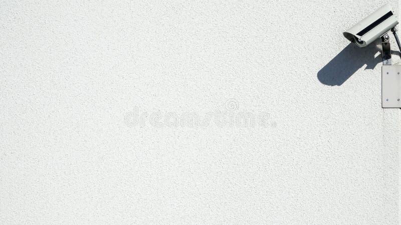 Cctv Inwigilaci kamera na betonowej ścianie obraz stock