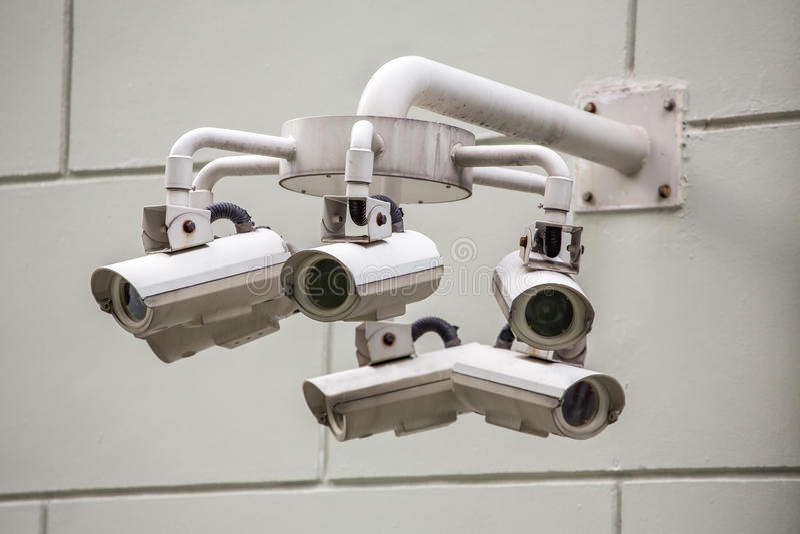 CCTV kamery bezpieczeństwa na ścianie zdjęcie stock