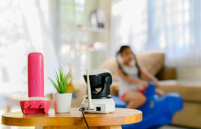 CCTV, monitoração de segurança da câmera do IP que joga a sala para crianças fotografia de stock royalty free