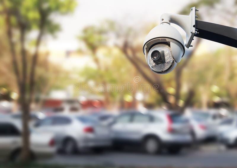 CCTV no parque de estacionamento imagens de stock