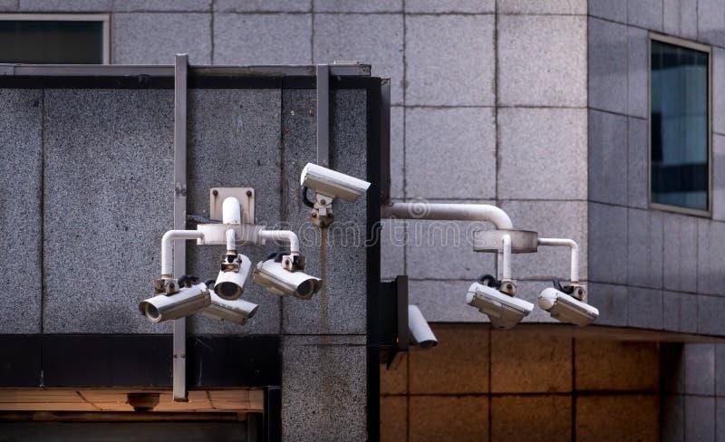 CCTV stängde - systemet för kameran för strömkretstelevisionsäkerhet det videopd för säkerhet och skyddar brott i staden Elektron arkivfoto