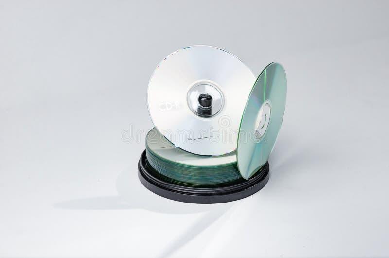 CD- oder dvddiskettenspindel lizenzfreie stockbilder