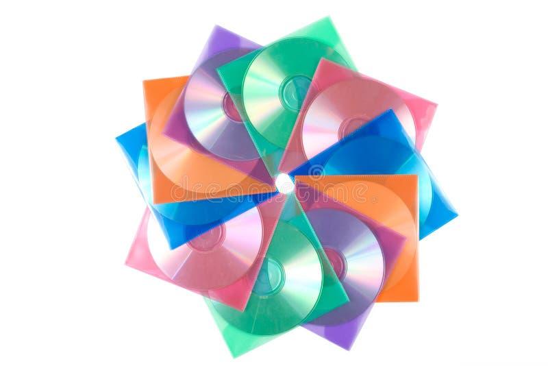 CD-Platten in den mehrfarbigen Umschlägen lizenzfreie stockfotos
