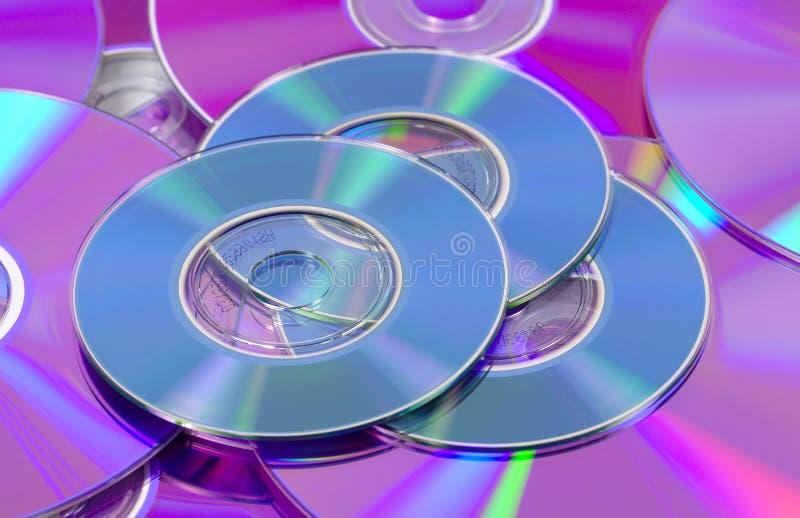 Cdes y DVDs foto de archivo