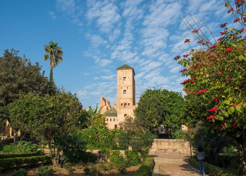 $ce-andalusisch tuinen in Udayas kasbah rabat marokko stock afbeeldingen