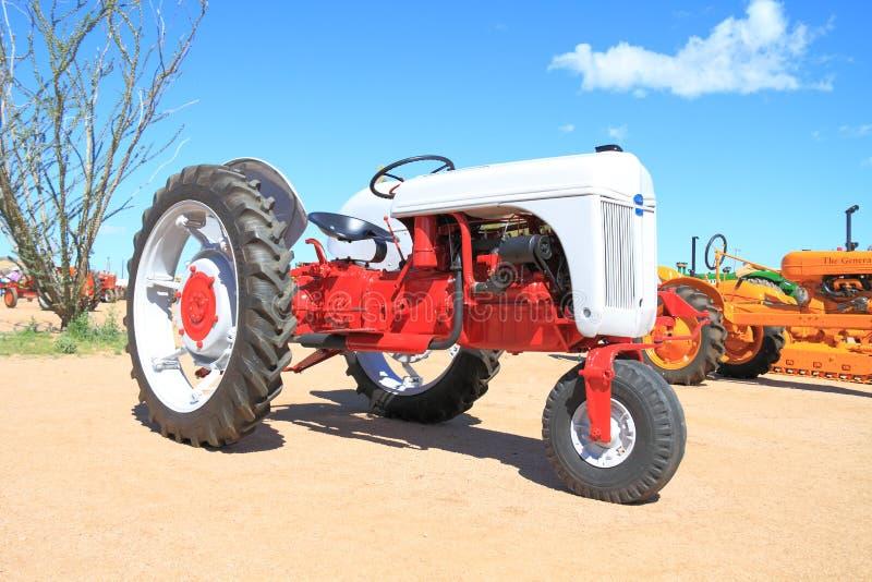 Tracteur américain classique : Ford-Ferguson, 2N modèle images stock