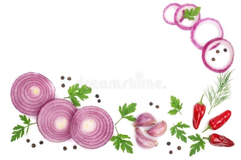 Cebola, alho, salsa do pimento isolada no fundo branco com espaço da cópia para seu texto Vista superior Configuração lisa imagens de stock royalty free