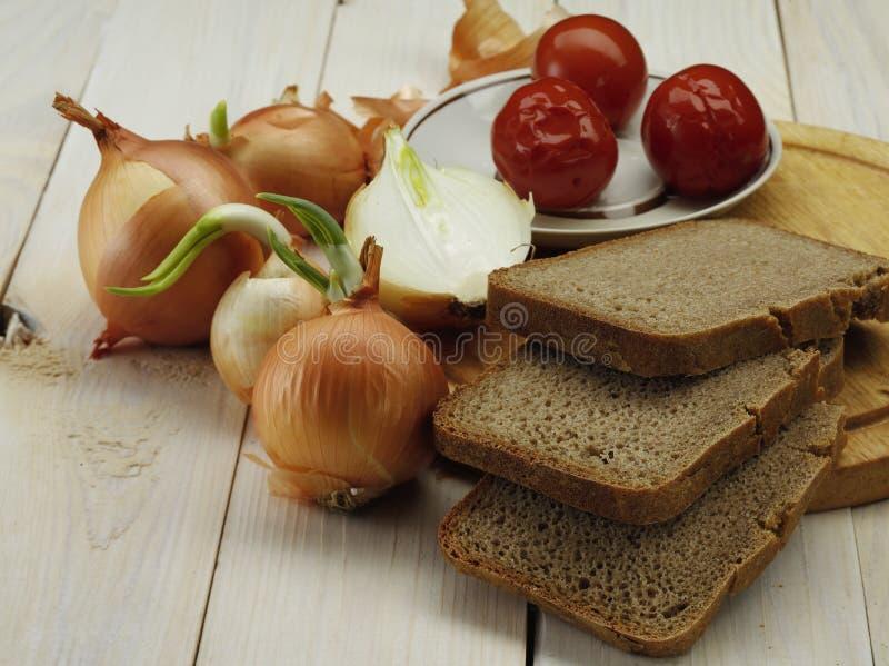 Cebula i chleb zdjęcie stock