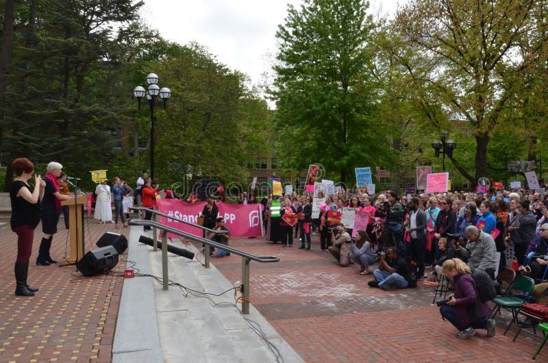 Cecile Richards chez Ann Arbor Stop que les interdictions protestent image stock