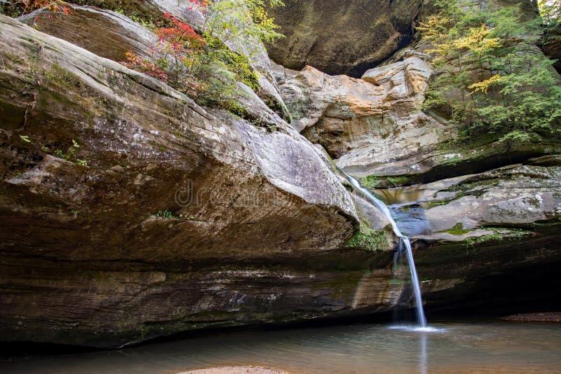 Cedar Falls em montes de Hocking fotos de stock royalty free