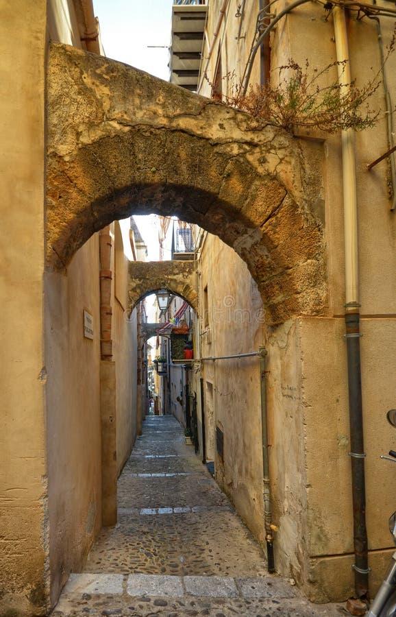 Cefalà ¹, Włochy, Sicily Sierpień 16 2015 Aleje Cefalà ¹ zdjęcia royalty free