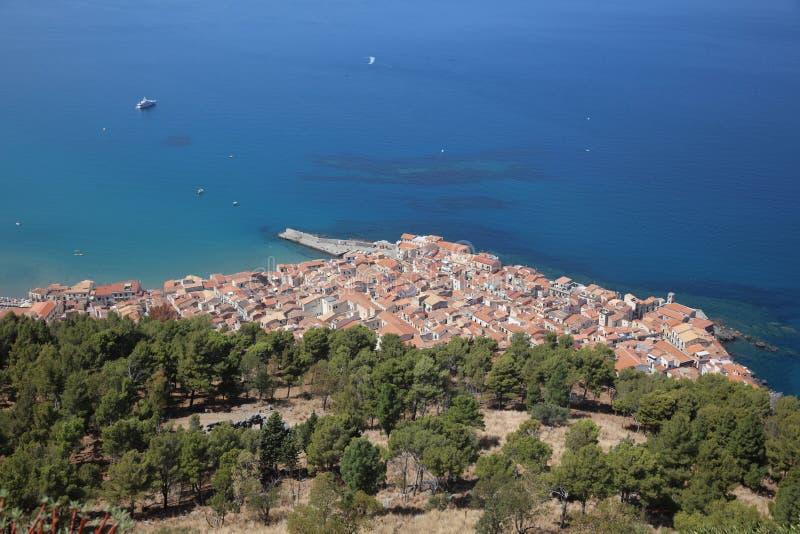 Cefalu в Сицилии Италия стоковые изображения rf