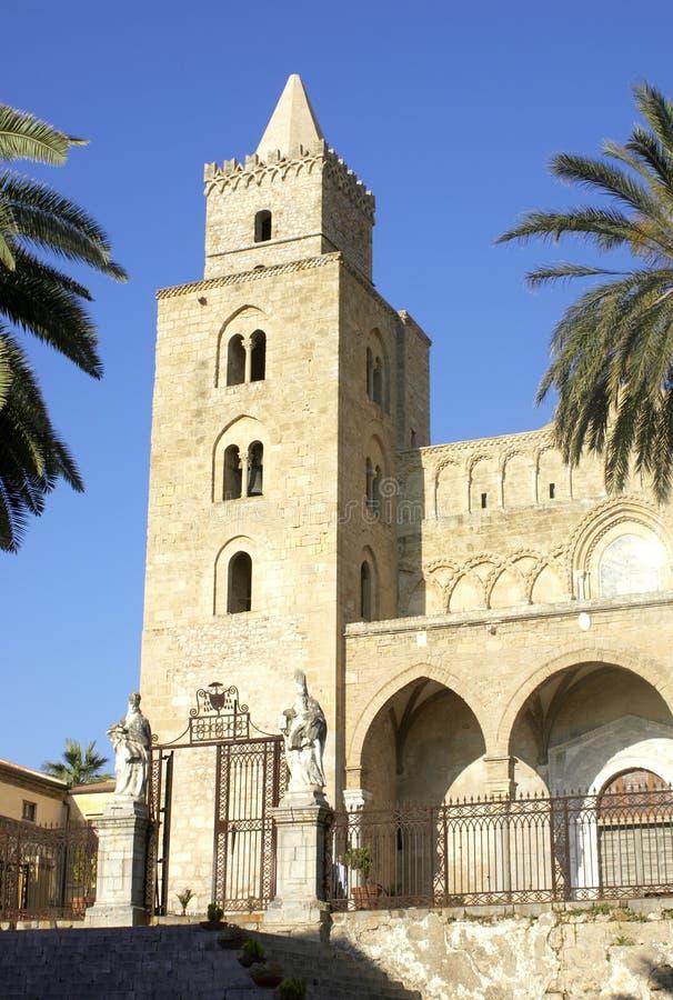 cefalu собора стоковое изображение rf