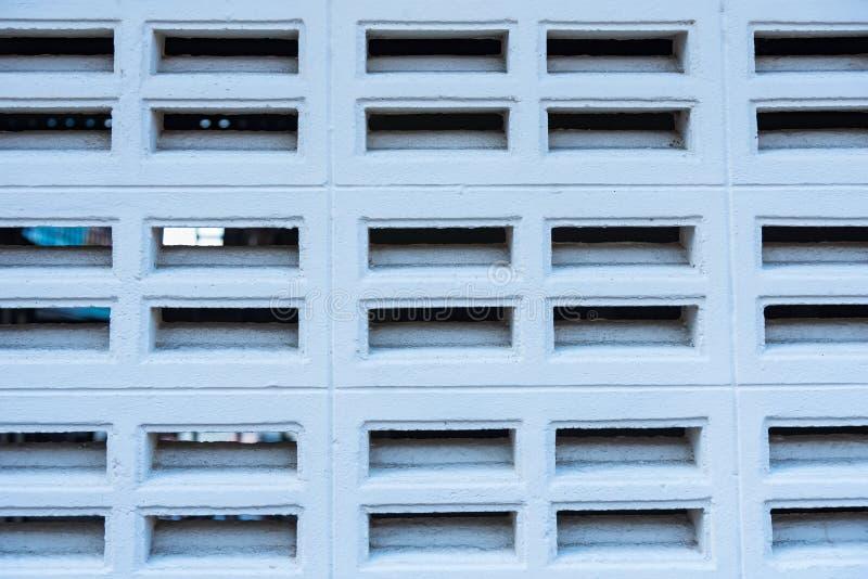 Ceglane wentylacje izolują białego kolor, ceglanej blowhole ściany biały kolor zdjęcie royalty free