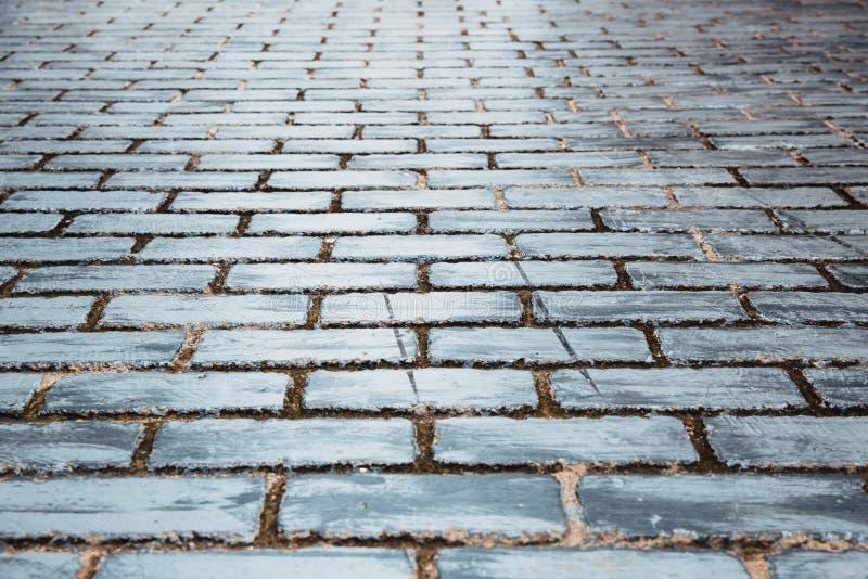 Ceglanego footpath chodząca ulica tęsk sposób zdjęcia stock