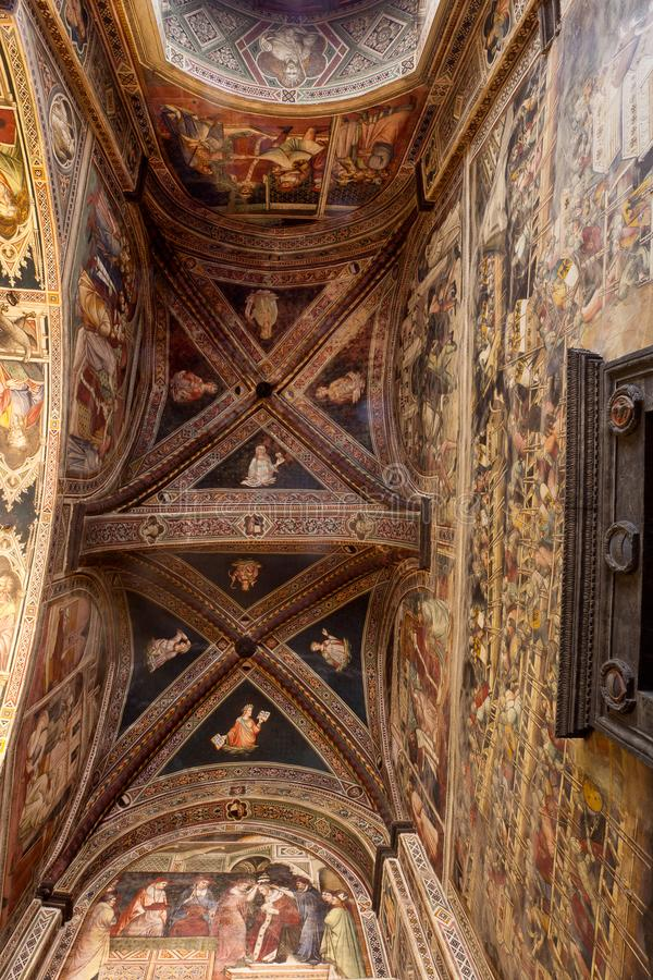 Ceiling Cappella dei Signori, Siena, Toscana, Italia immagini stock