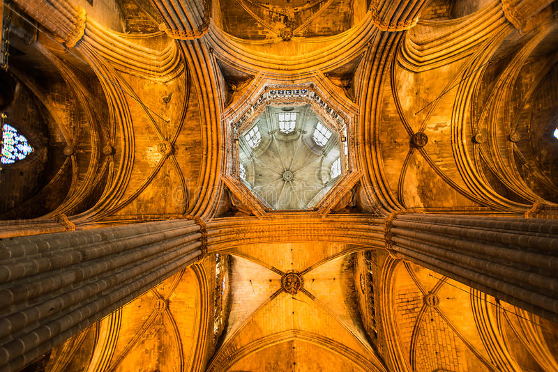 Download Ceiling Cathedral Santa Eulalia In Barcelona Stock Image - Image: 26371413