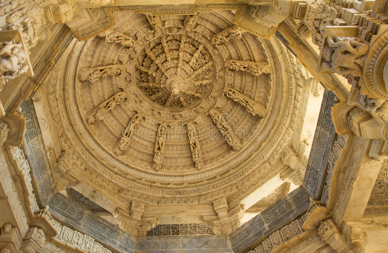 Ceiling in Ranakpur Chaumukha temple royalty free stock photos