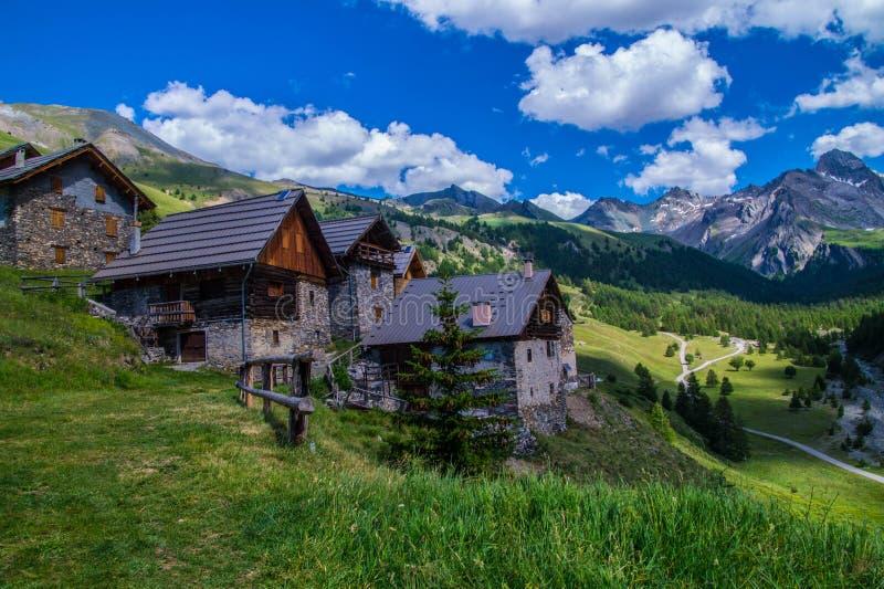 Ceillac di Villard in qeyras in Hautes-Alpes in Francia immagine stock libera da diritti