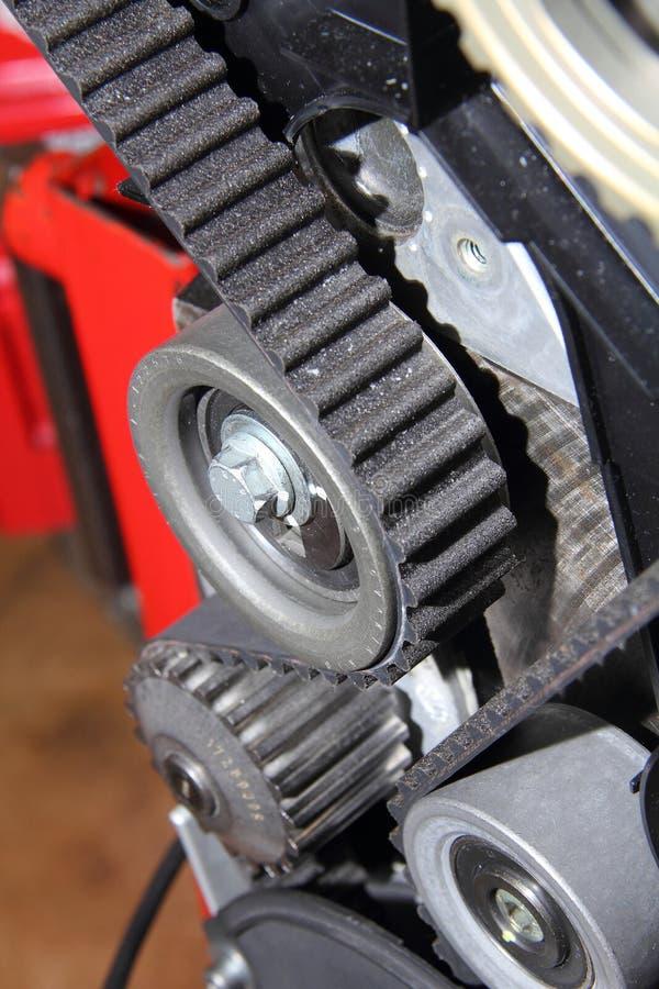 Ceinture de distribution d'un moteur endothermique photo stock