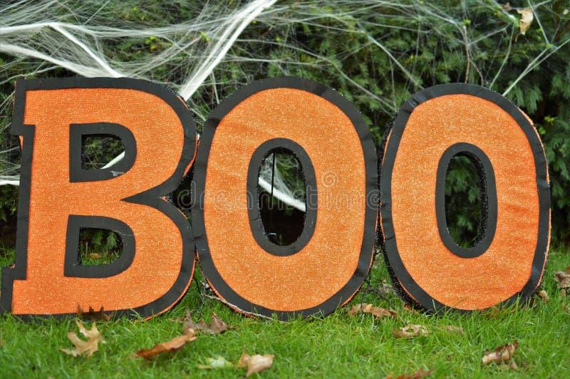 A celebração de Boo Sign Orange Background Halloween caçoa o divertimento do partido imagem de stock