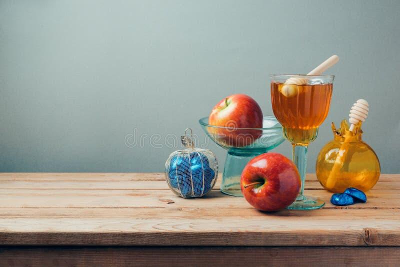Celebração judaica de Rosh Hashana do feriado com mel, maçãs e chocolate fotografia de stock